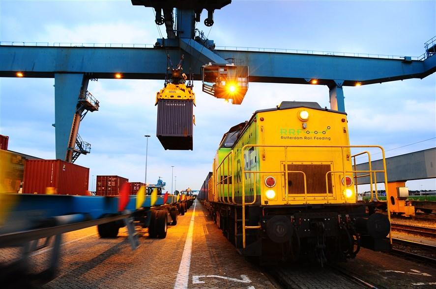 containeroverslag goederentrein